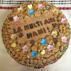 Chocolate cake! Order a cake now, we deliver in Cardiff!